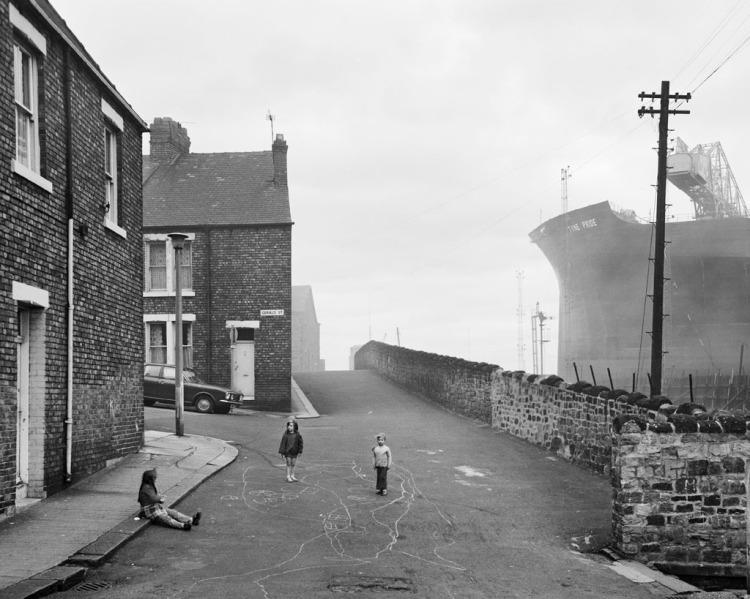 Housing and Swan Hunter's Shipyard 1975