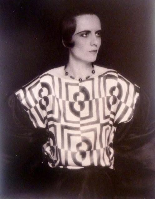 Helen Perdriat 1925