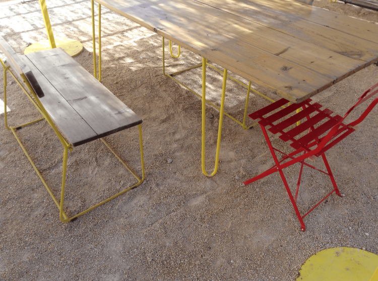 LUMA Arles, Le Refectoire du Parc des Ateliers, rebar chairs and tables