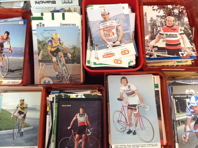 vintage postcards boxes